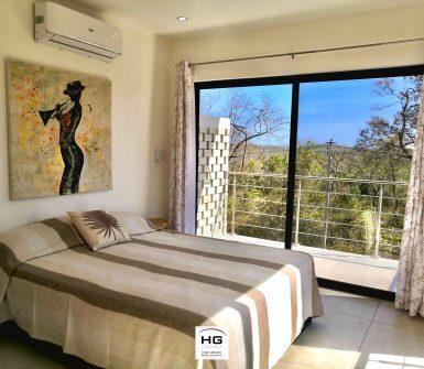 6 Room - Luxury villa Tamarindo for sale 300m beach 1 (2)